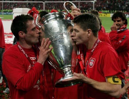 Gerrard-Carragher.jpg