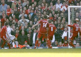 Liverpool v Manchester United - O'Shea Goal