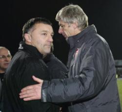 Dave Penney v Arsene Wenger