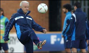 Giovanni Trapattoni in training.