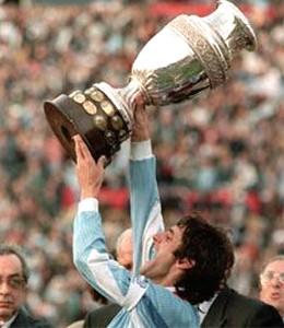 Enzo Francescoli with the Copa America.
