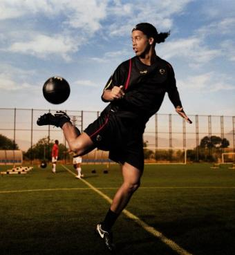 football ball nike. Etiketler: football, nike
