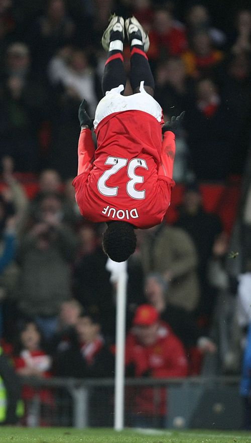 Diouf scores his first United goal in the 91st minute