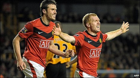 Michael Carrick and Paul Scholes