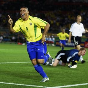 ronaldo-2002-world-cup-final-brazil-germany