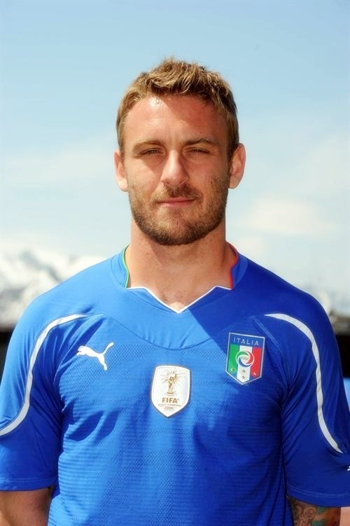 With the present injury to Andrea Pirlo, De Rossi is vital in the Azzurri midfield