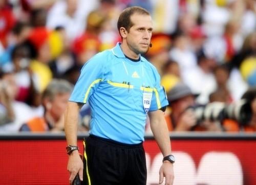 Assistant referee, Mauricio Espinosa