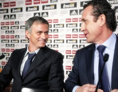 Jose' Mourinho and Jorge Valdano at the Real Madrid presentation news conference