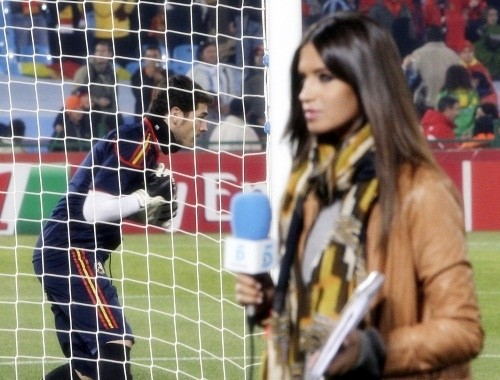 Some have called pitch-side television presenter, Sara Carbonero, a distraction to Iker Casillas.
