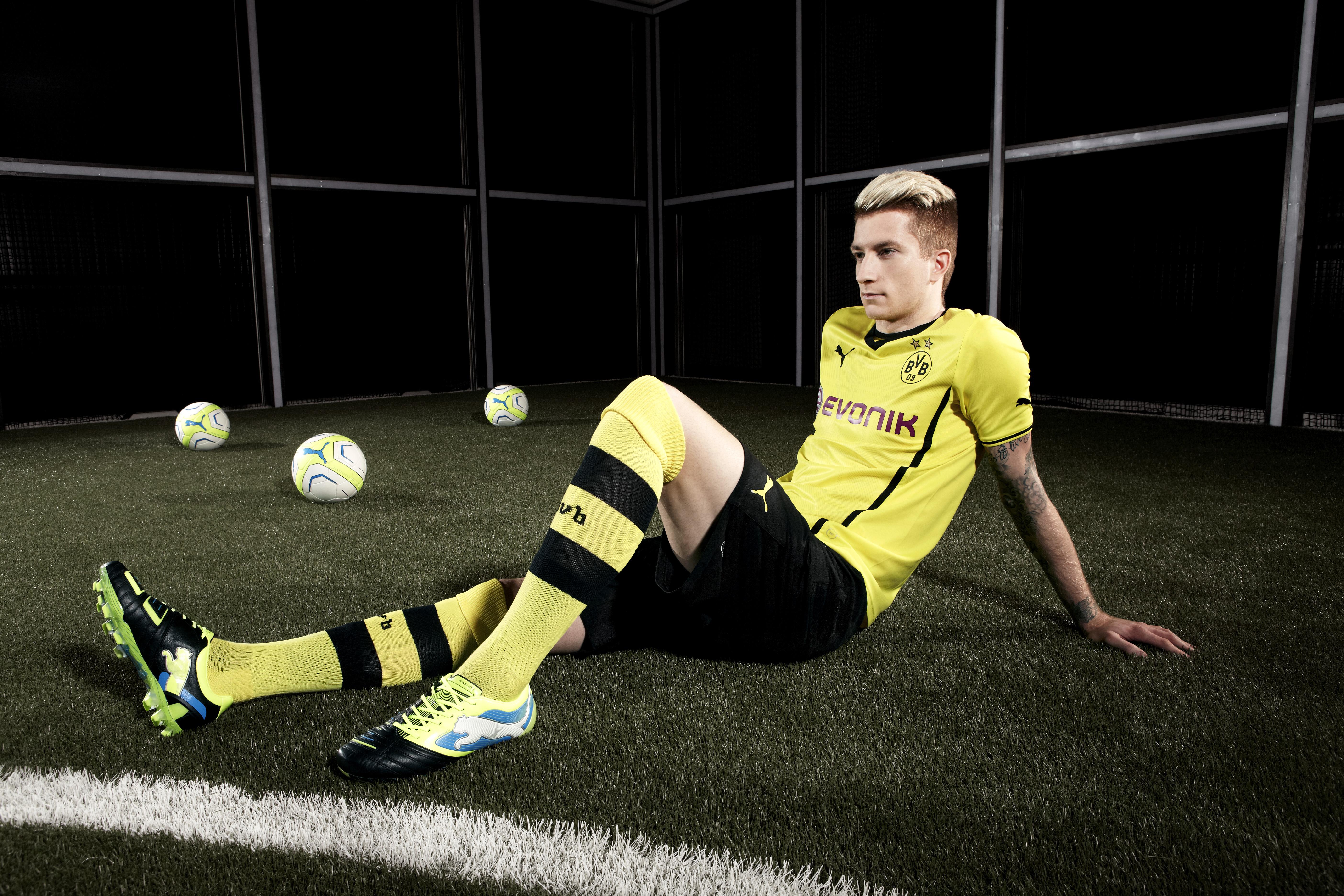 Marco Reus wearing the latest PUMA PowerCat 1 FG football boot.