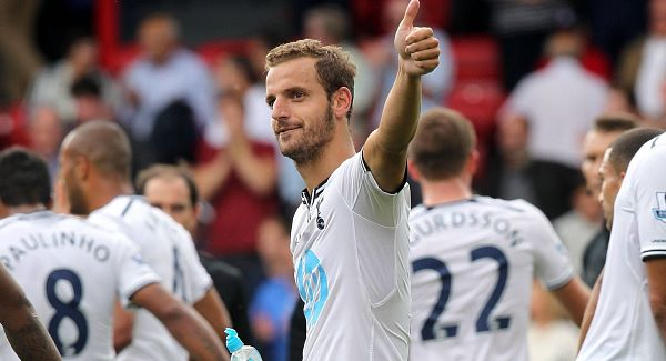 Roberto Soldado giving Spurs fans a thumbs up after beating Crystal Palace 1-0.