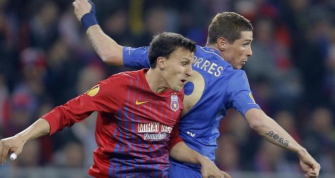 Steaua-Bucuresti-v-Chelsea-Vlad-Chiriches-Fer_2910992