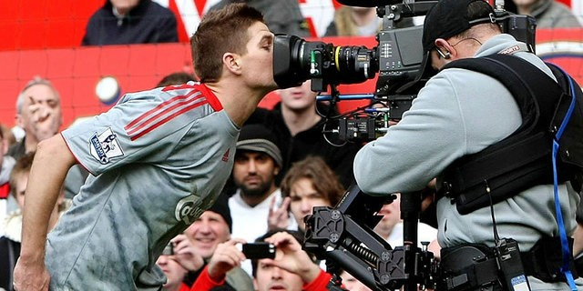 Liverpool Manchester United derby rivalry