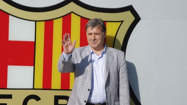 Gerardo Martino unveiled as new Barcelona manager - video