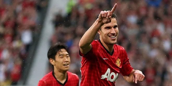 Manchester-United-v-Fulham-Robin-van-Persie-p_2817196