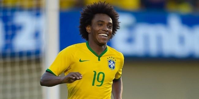 willian-corre-sorridente-apos-marcar-o-quarto-gol-brasileiro-contra-o-panama-1401828982596_956x500