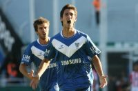 Hot Shot: Ferreryra's goals would help shoot Velez to the Apertura title in 2012.  [Photo: www.copaargentina.org]