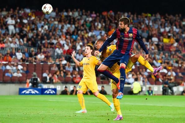 Gerard+Pique+FC+Barcelona+v+APOEL+FC+hI1wmgaJMxDl