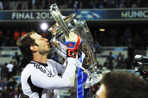 Should Petr Cech leave Chelsea in January?