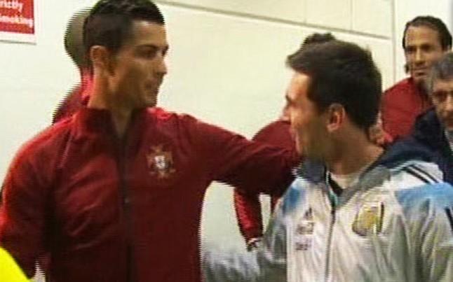 messi ronaldo handshake