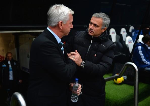 Jose+Mourinho+Alan+Pardew+Newcastle+United+dcdROn5r7Kgl