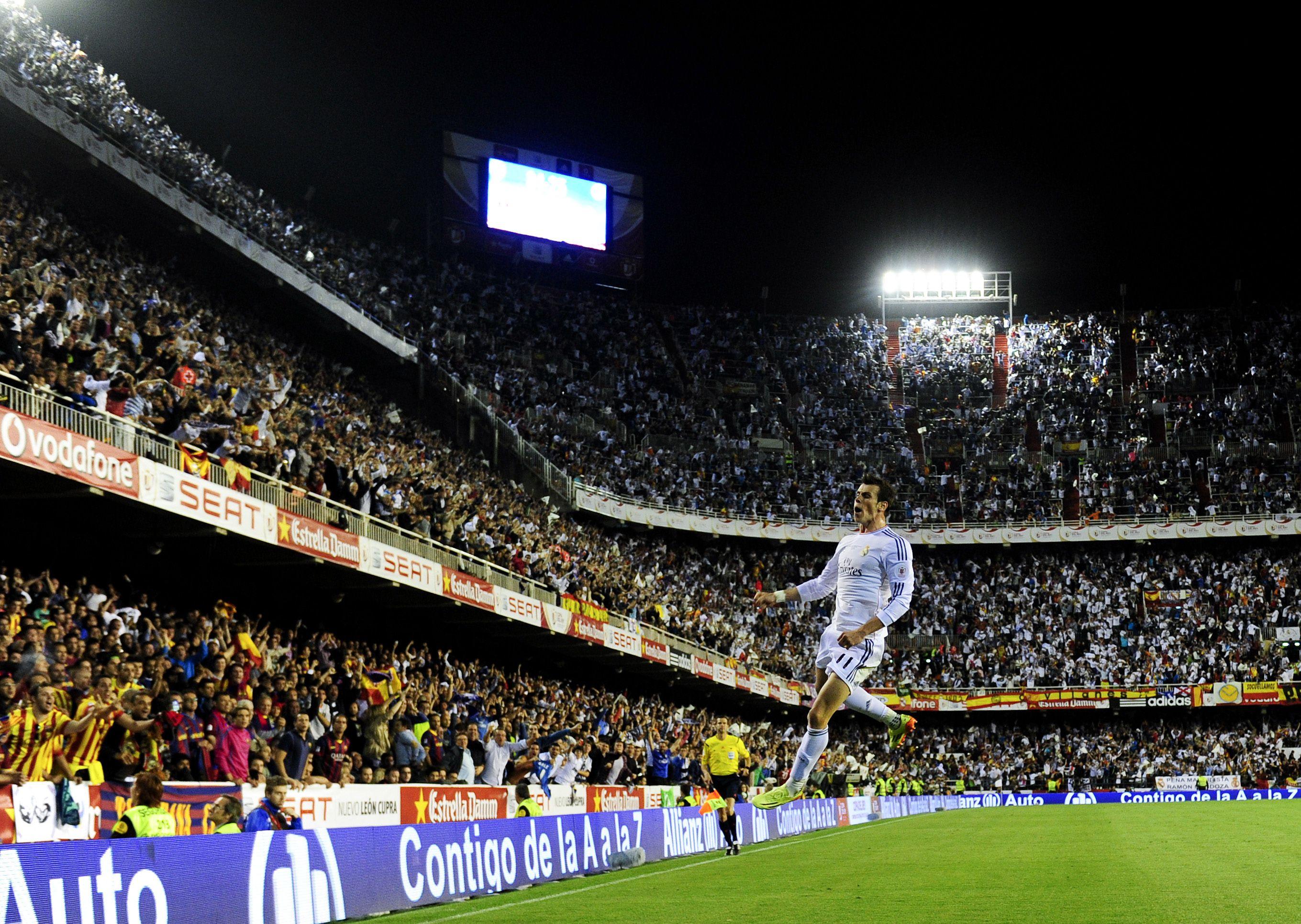 Bale celebrating his Copa final goal vs Barcelona