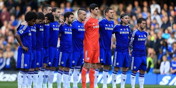 1414868513129_Image_galleryImage_Chelsea_players_pause_for