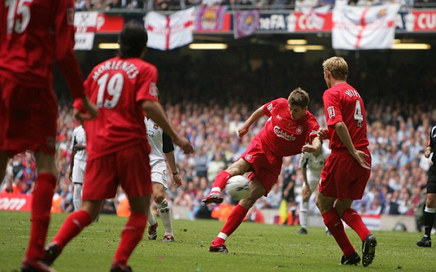 FA CUP FINAL, WEST HAM V LIVERPOOL. PIC ANDY HOOPER GERRARD SCORES HIS FIRST