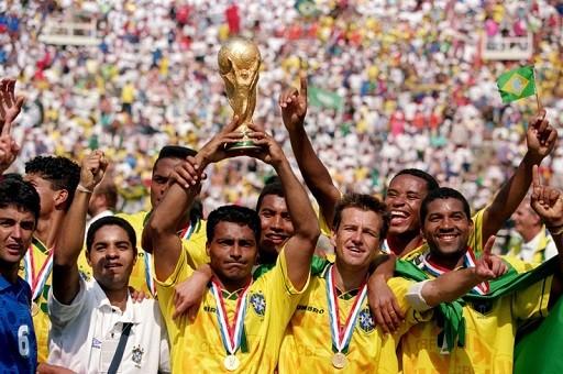 Soccer - 1994 World Cup - Final - Italy v Brazil