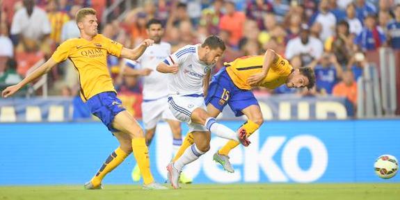 Eden Hazard goal vs Barcelona