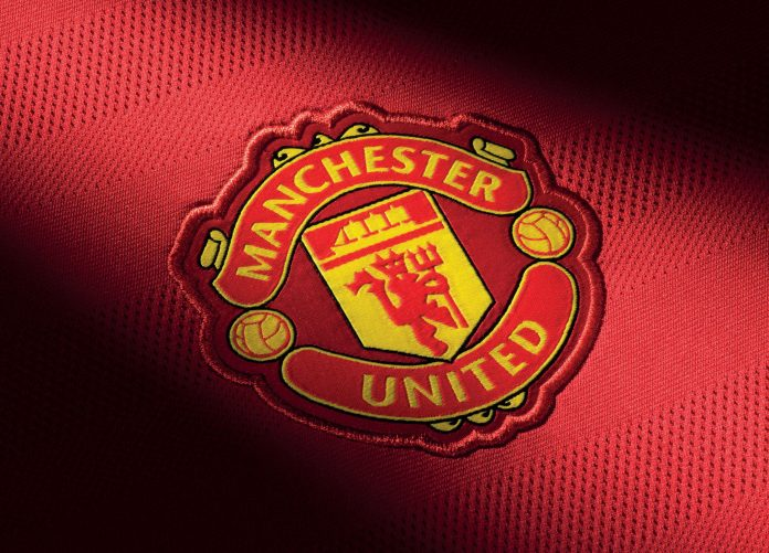 +H20122_FO_Clubs_2015-2016_MANCHESTER_UNITED_ADDITIONAL_DETAIL_CREST