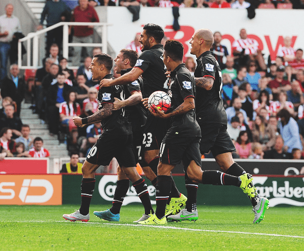 Philippe Coutinho scores an amazing goal against Stoke