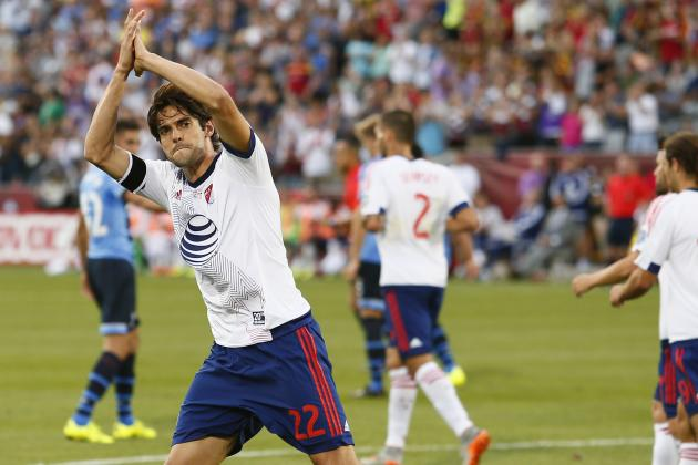 Kaka Celebrates at 2015 All-Star Game