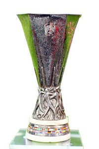 Europa-Cup-trophy small