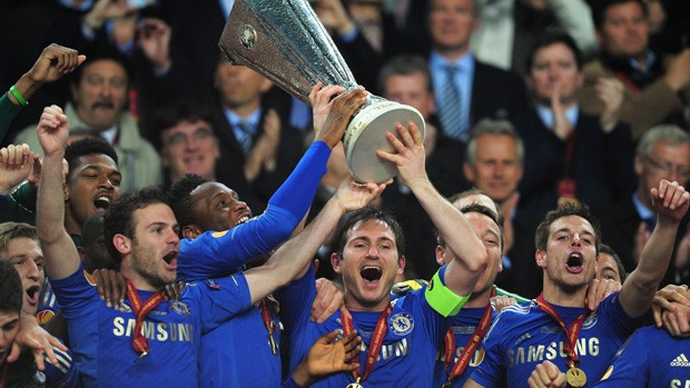 chelsea-trophy-europa-league