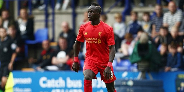 361550CD00000578-3681568-Senegalese_forward_Sadio_Mane_made_his_Liverpool_debut_but_could-a-3_1468014186098