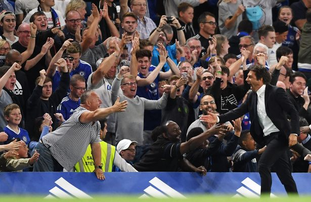 Conte celebration vs West Ham