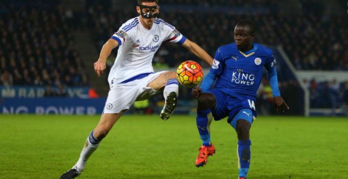LEICESTER, ENGLAND - DECEMBER 14:  Nemanja Matic of Chelsea and Ngolo Kante of Leicester City during the Barclays Premier League match between Leicester City and Chelsea at the King Power Stadium on December 14, 2015 in Leicester, England.  (Photo by Catherine Ivill - AMA/Getty Images)