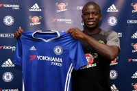pay-chelsea-presents-new-signing-ngolo-kante