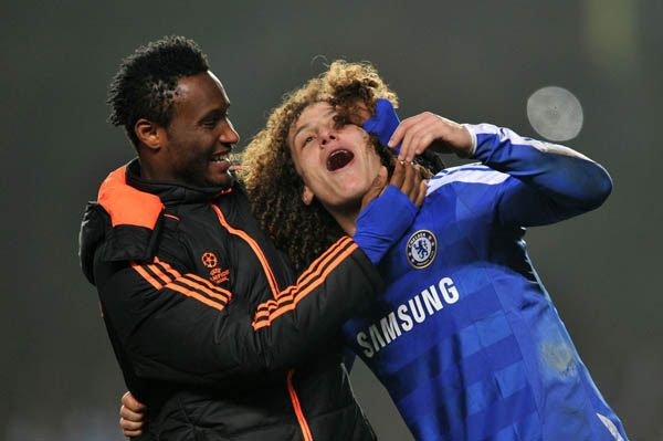 david-luiz-and-mikel-chelsea-funny-hair-friends-faces-smile-2014-world-cup-brazil-and-ghana