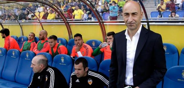 Pako Ayesteran's Valencia are in a desperate situation.