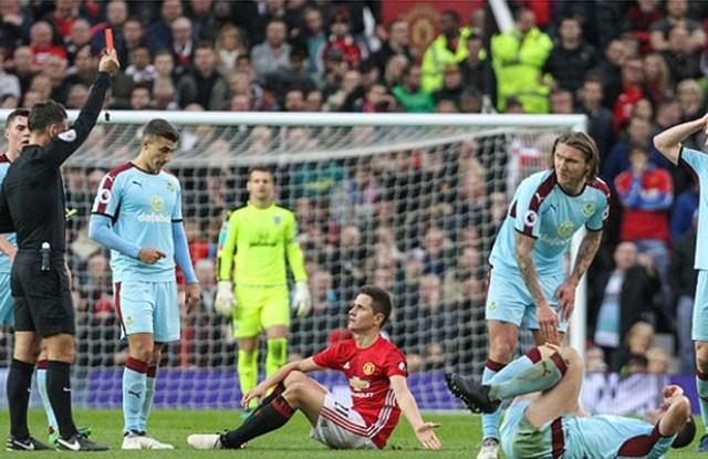 Herrera red card