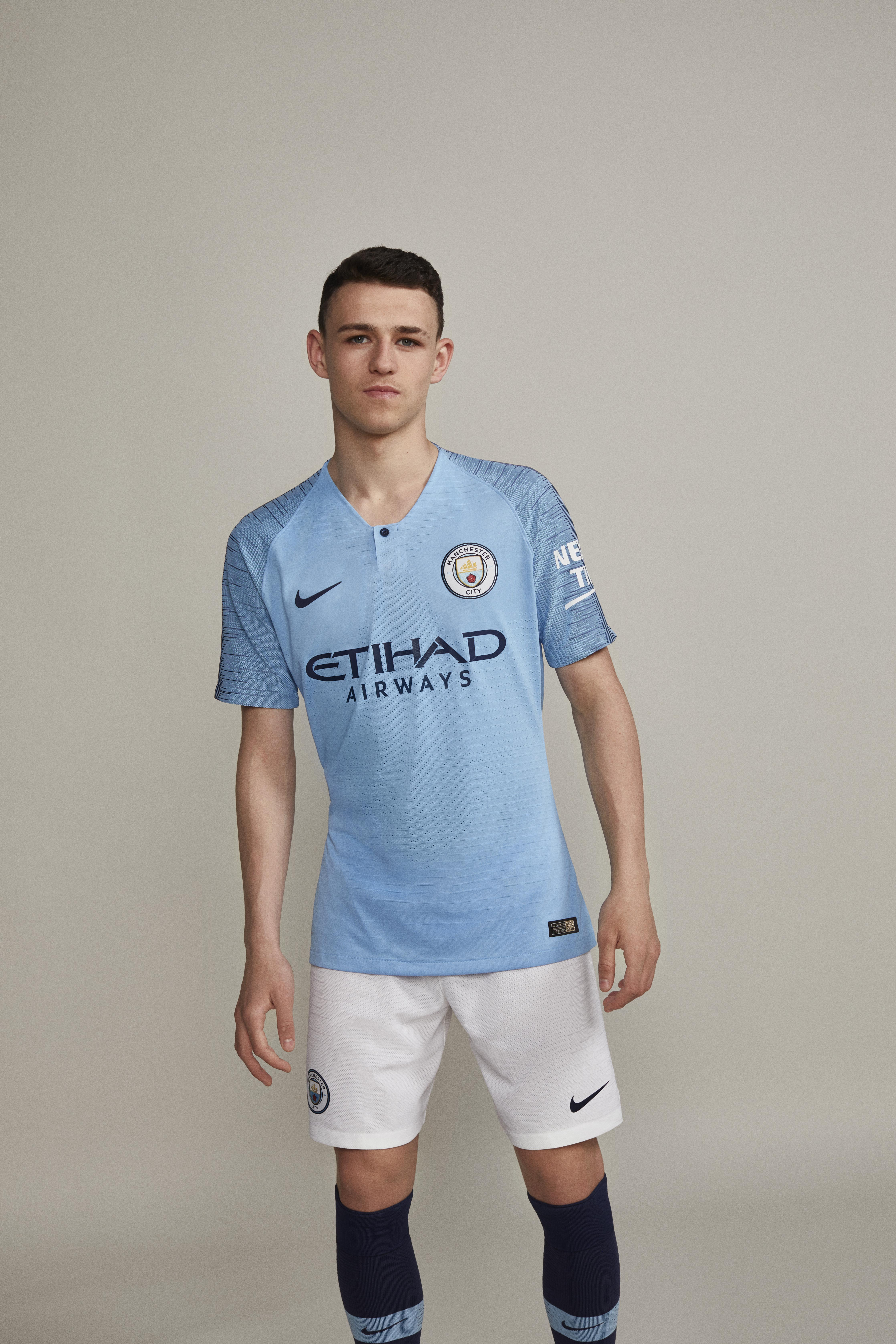 fb0d0a45a GoFootballNews Nike Football unveils Manchester City s 2018 19 home ...