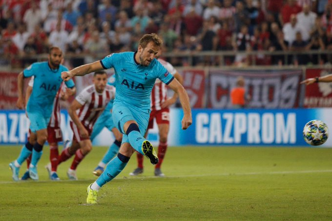 Gary Lineker reacts as Tottenham Hotspur striker Harry Kane nets hat-trick against Montenegro and overtakes Alan Shearer in England's all-time scoring list - Sportslens.com