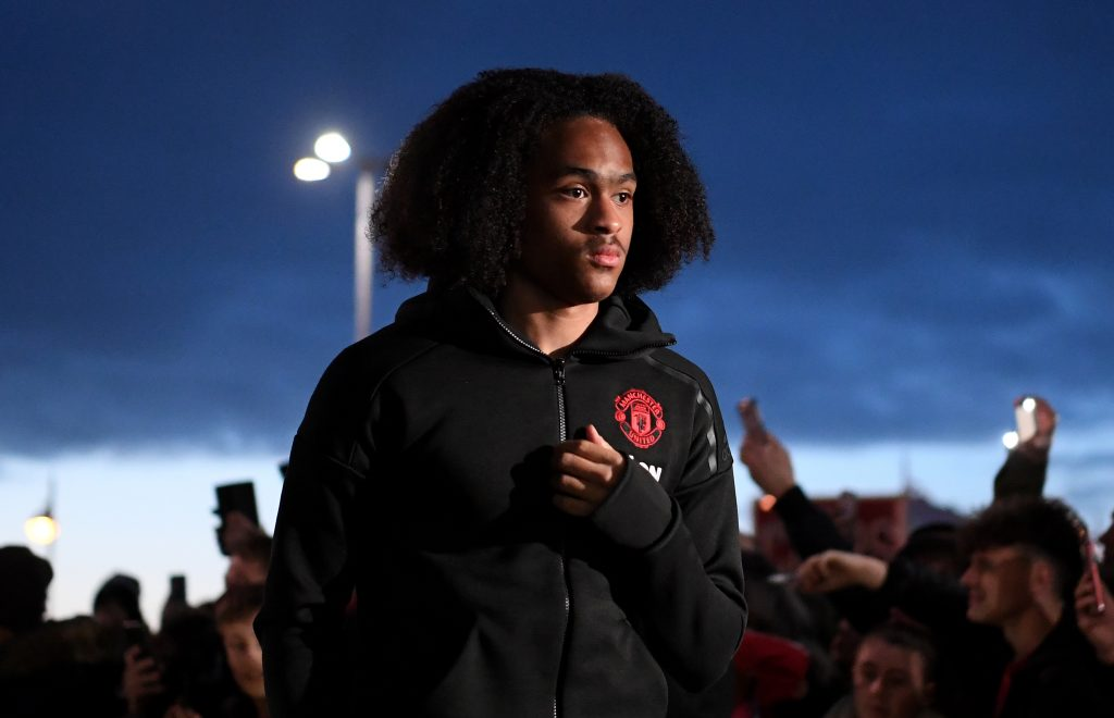 Tahith Chong: Man Utd winger signs new contract at Old Trafford