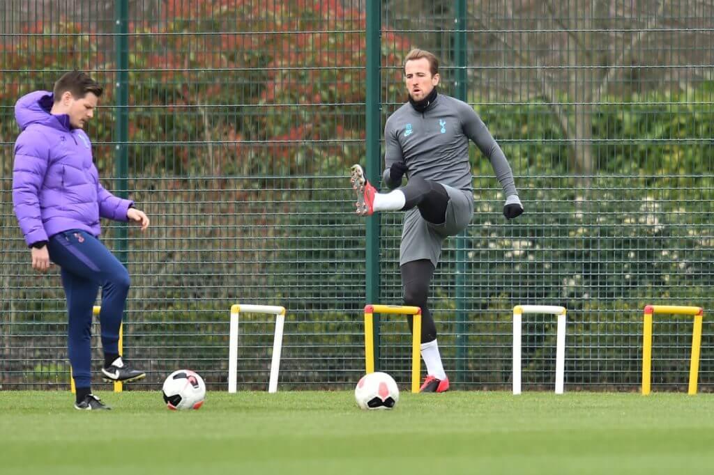 Tottenham captain Kane recovering well from hamstring injury