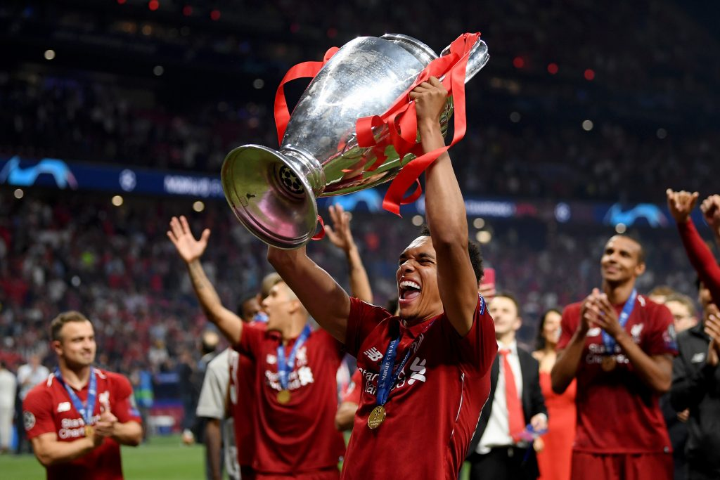 Michael Owen says Liverpool's Trent Alexander-Arnold should win the Young Player of the Season award - Sportslens.com