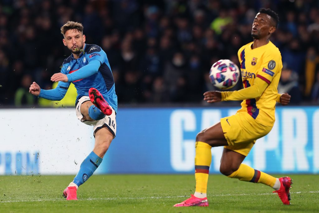 Olivier Giroud: Chelsea intend to take up option to extend striker's contract