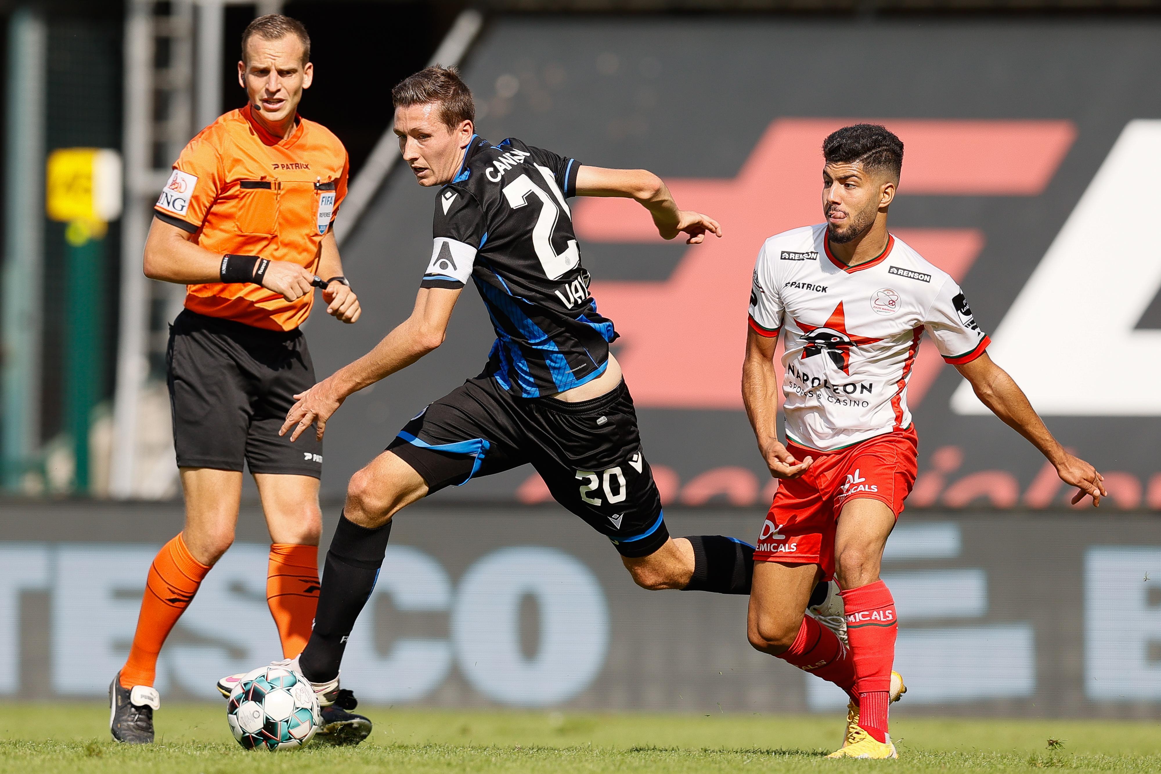 Soccer-jpl-d6-zulte-waregem-vs-club-brugge