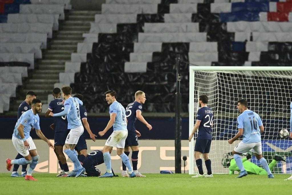 PSG vs Man City: Kevin De Bruyne révèle ce qu'il a dit à Riyad Mahrez avant son coup franc - Ligue des Champions